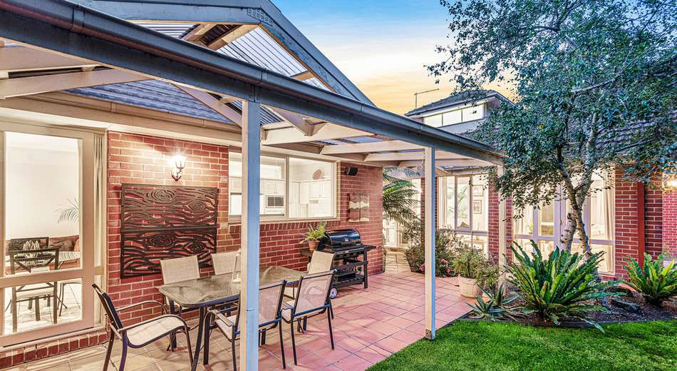 4 Pioneer Close, Vermont South VIC 3133