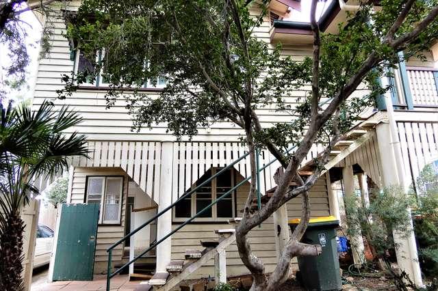 2/291 Wynnum Road, Norman Park QLD 4170