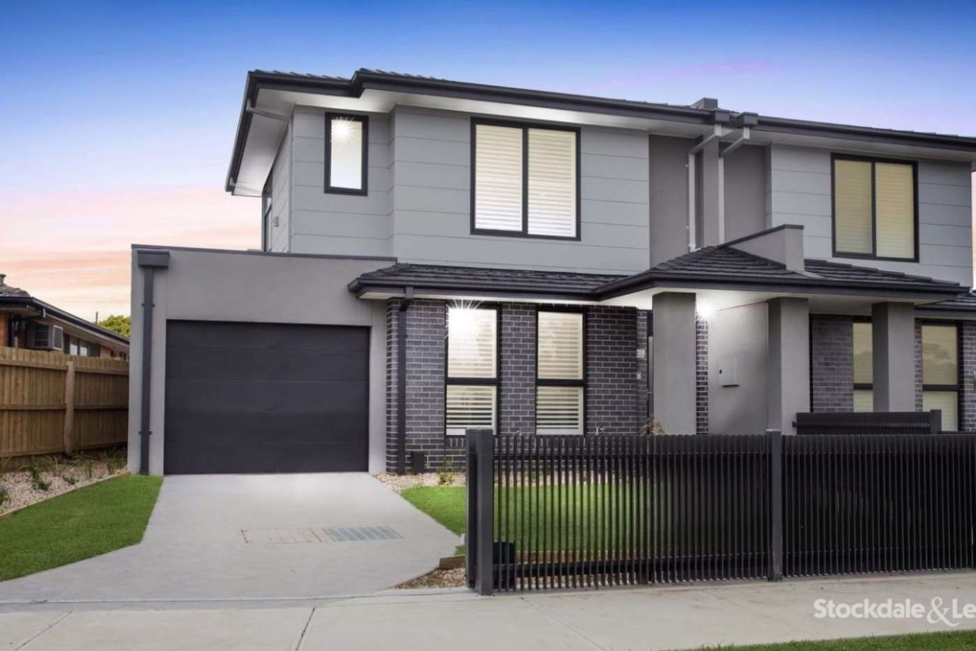 Main view of Homely house listing, 2/10 Woodstock Drive, Gladstone Park VIC 3043