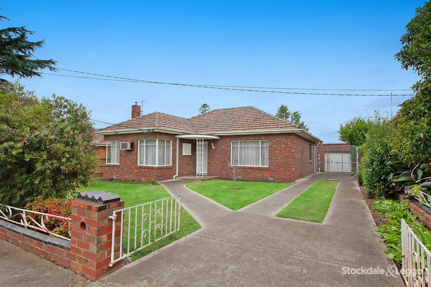 Main view of Homely house listing, 4 Glasgow Avenue, Reservoir VIC 3073