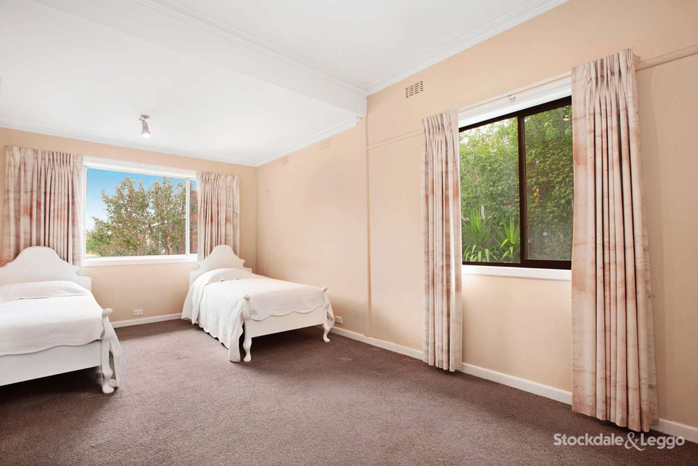 Fifth view of Homely house listing, 4 Glasgow Avenue, Reservoir VIC 3073