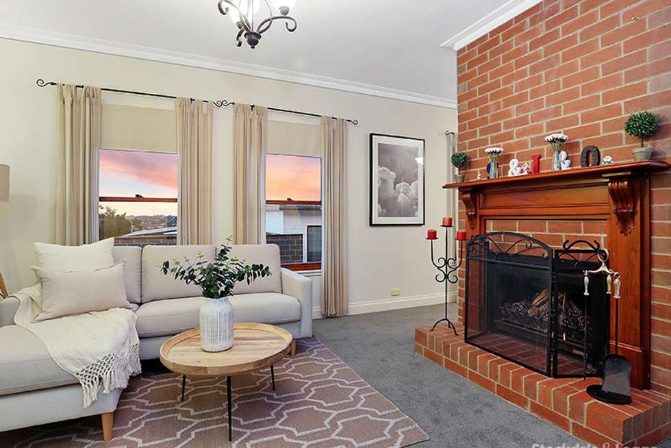 Third view of Homely house listing, 3 Mawarra Court, Highton VIC 3216