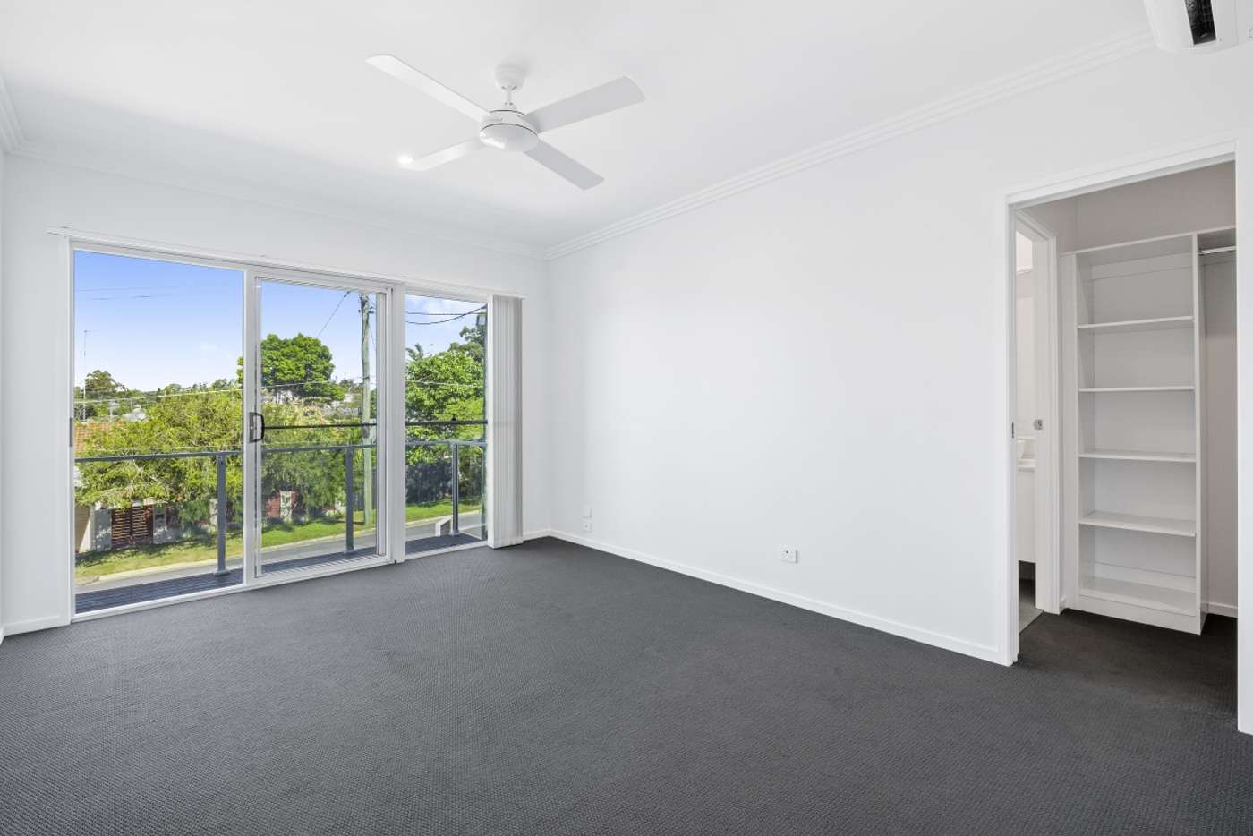 Sixth view of Homely semiDetached listing, 1/9 Louise Street, Southport QLD 4215