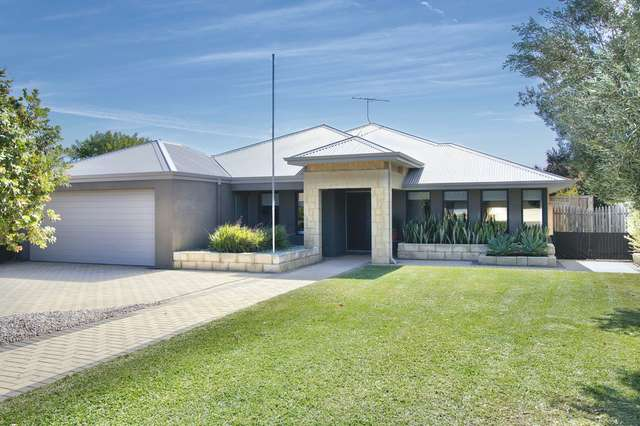 77 Donald Drive, Safety Bay WA 6169