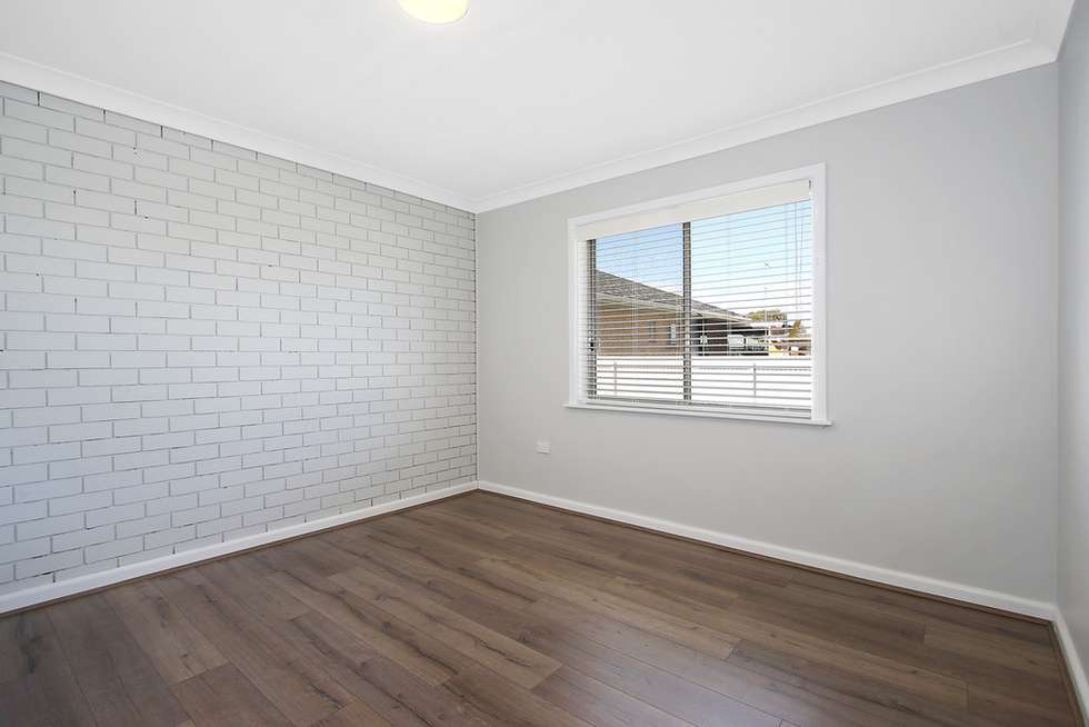 Fifth view of Homely unit listing, 3/461 Prune Street, Lavington NSW 2641