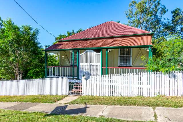 8 Darling Street East, Ipswich QLD 4305