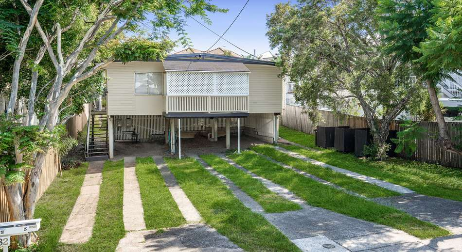 82 Arthur Terrace, Red Hill QLD 4059