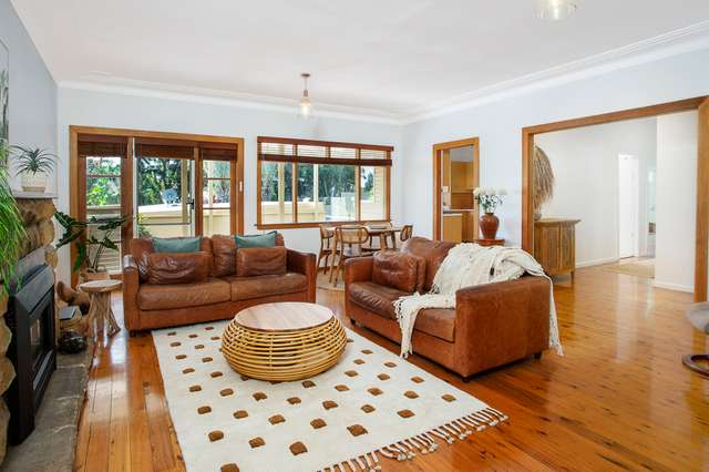 10 Rose Ave, Wheeler Heights NSW 2097