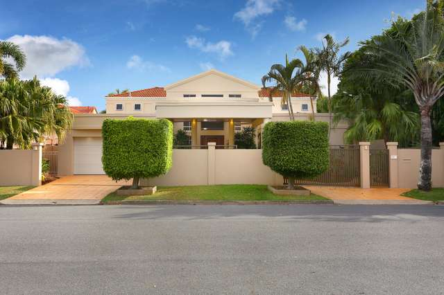 145 Commodore Drive, Paradise Waters QLD 4217