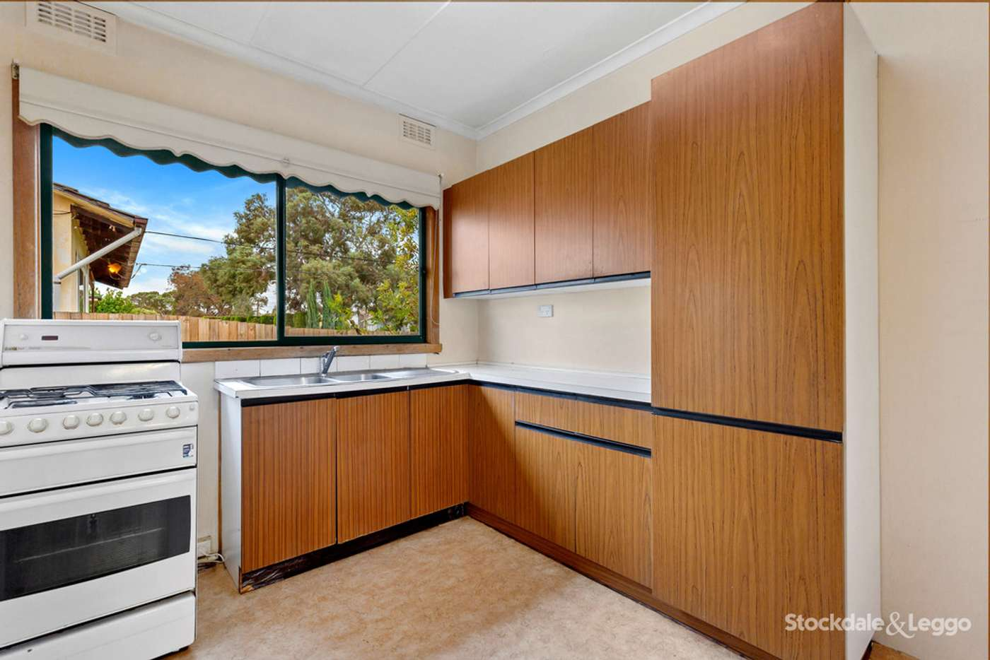 Fifth view of Homely house listing, 22 Vervale Avenue, Fawkner VIC 3060