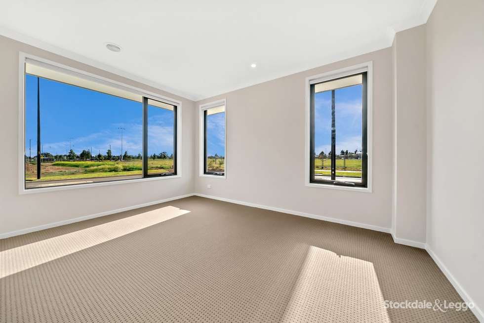 Fifth view of Homely house listing, 19 Azadi Crescent, Strathtulloh VIC 3338
