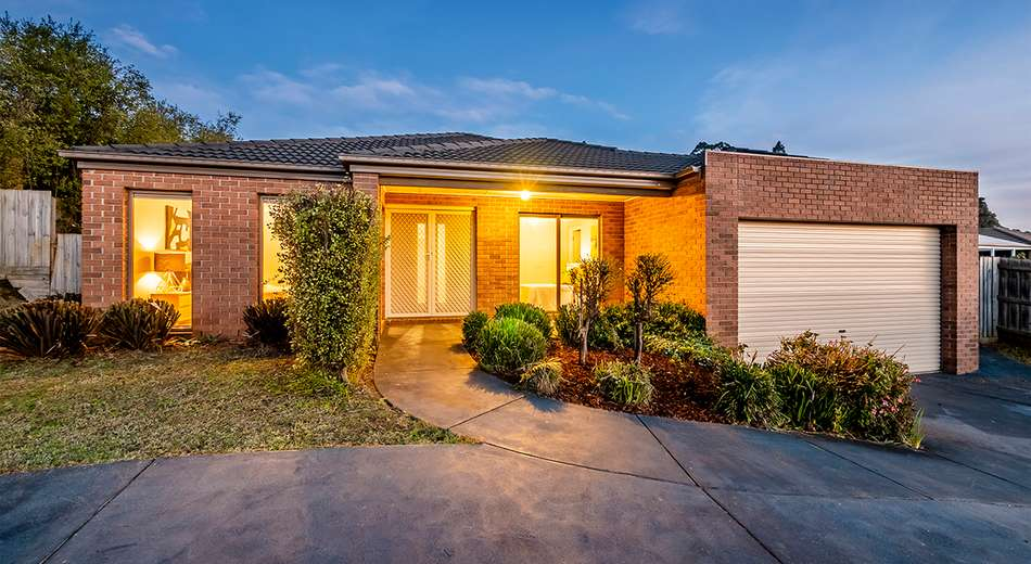 27 Claudia Crescent, Drouin VIC 3818