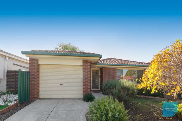 14 Forsyth Close, Burnside VIC 3023