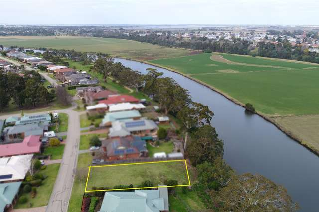 12 Alfred Place, Eastwood VIC 3875