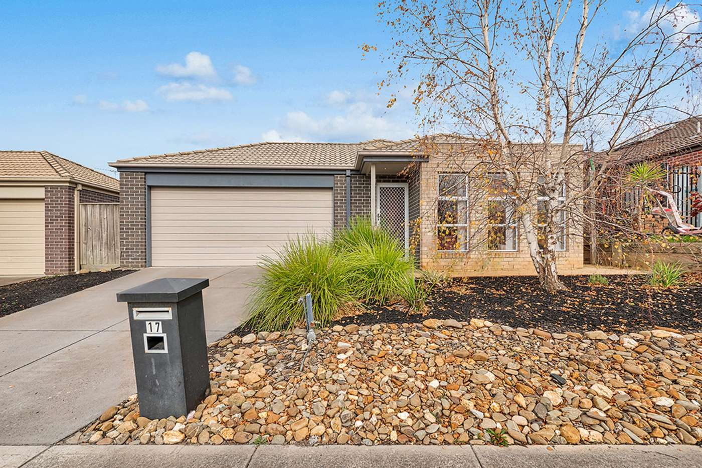 Main view of Homely house listing, 17 Tetrabine Way, Lyndhurst VIC 3975