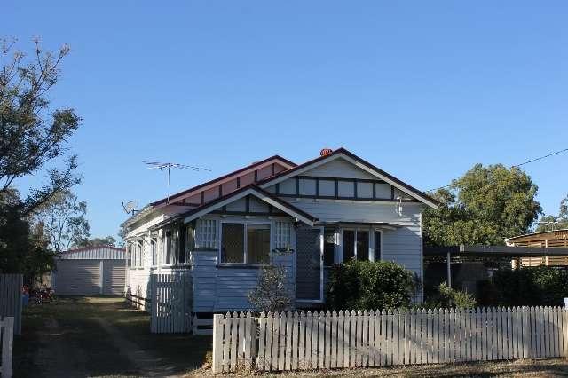 62 George Street, Jandowae QLD 4410