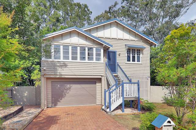 7 Evenwood St, Coopers Plains QLD 4108