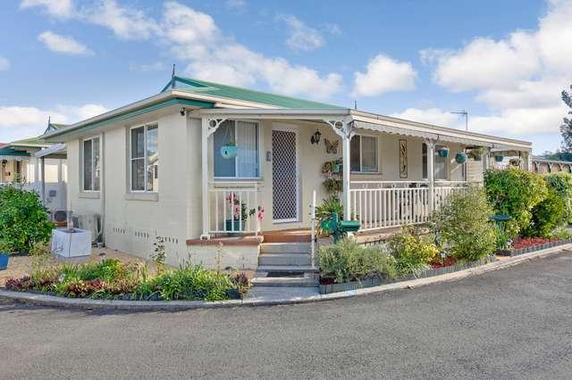 8 Willow Crescent, Kanahooka NSW 2530