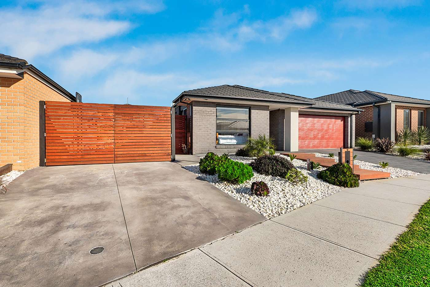 Main view of Homely house listing, 10 Cartwright Grove, Cranbourne East VIC 3977