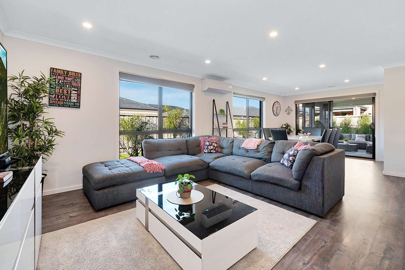 Seventh view of Homely house listing, 10 Cartwright Grove, Cranbourne East VIC 3977