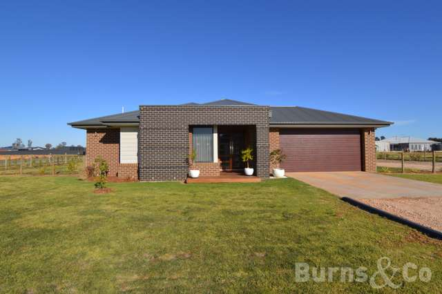36 Moontongue Drive, Gol Gol NSW 2738