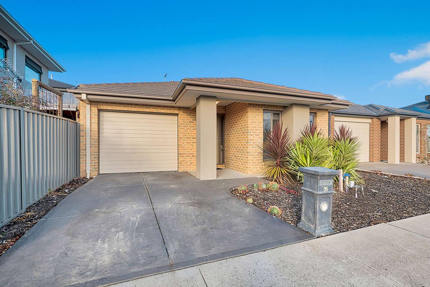Main view of Homely house listing, 42 Yellow Robin Circuit, Cranbourne East VIC 3977