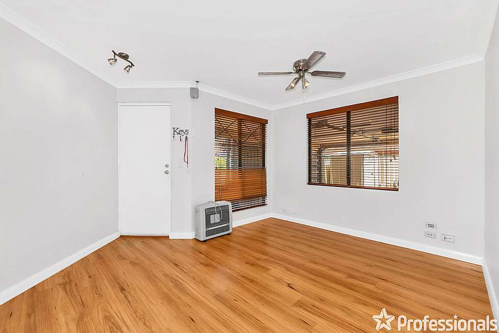 Fourth view of Homely house listing, 11 Summer Hill Place, Warnbro WA 6169