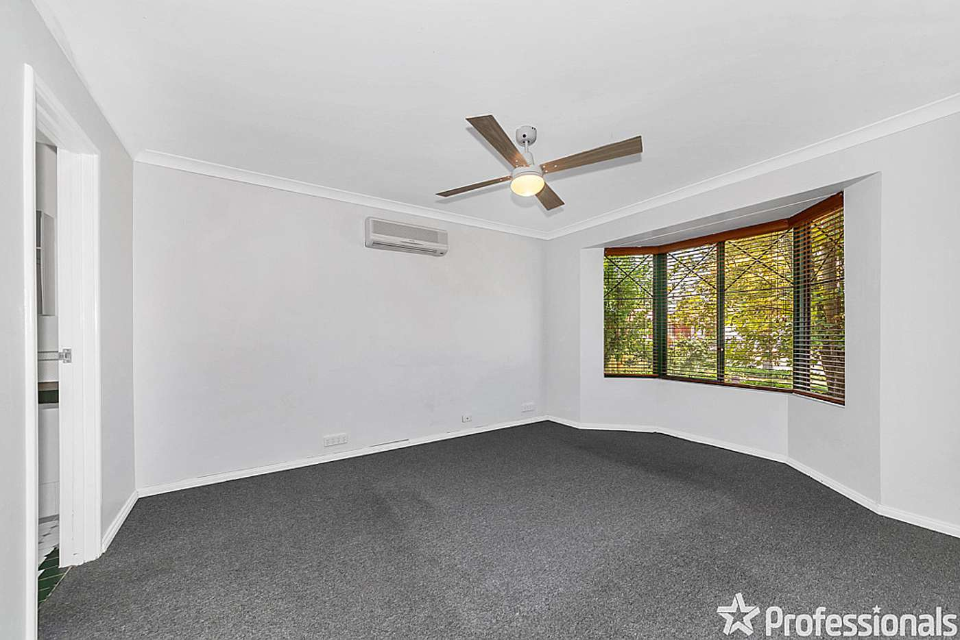 Sixth view of Homely house listing, 11 Summer Hill Place, Warnbro WA 6169