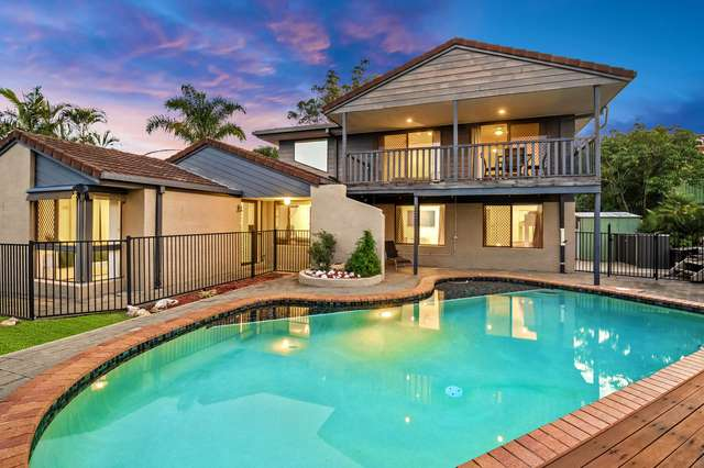 4 Forbes Place, Helensvale QLD 4212