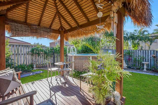 1/16 Crosby Avenue, Pacific Pines QLD 4211