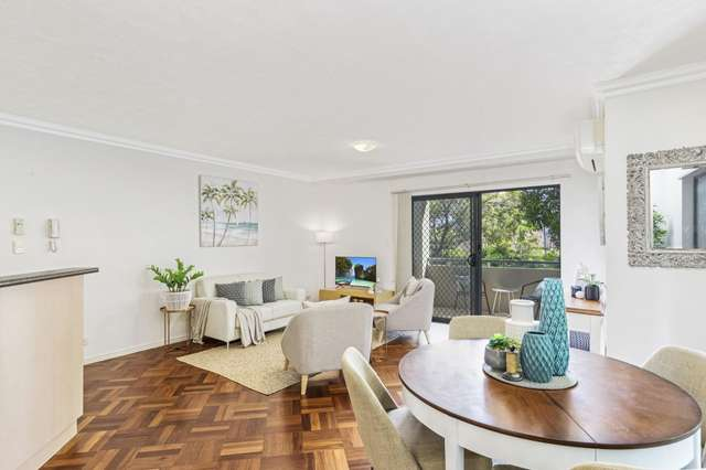 Unit 6/25 Chester Terrace, Southport QLD 4215