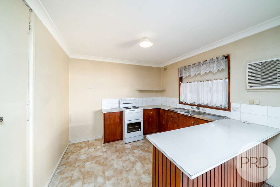 Fourth view of Homely unit listing, 3/6 Veale Street, Ashmont NSW 2650