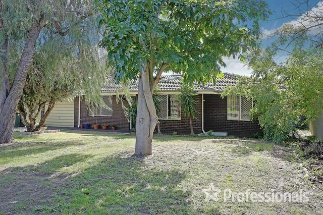 17 Connell Way, Girrawheen WA 6064