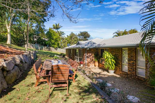 5 Willowood Place, The Gap QLD 4061