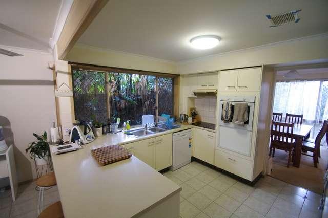 37 Farnworth Street, Chapel Hill QLD 4069