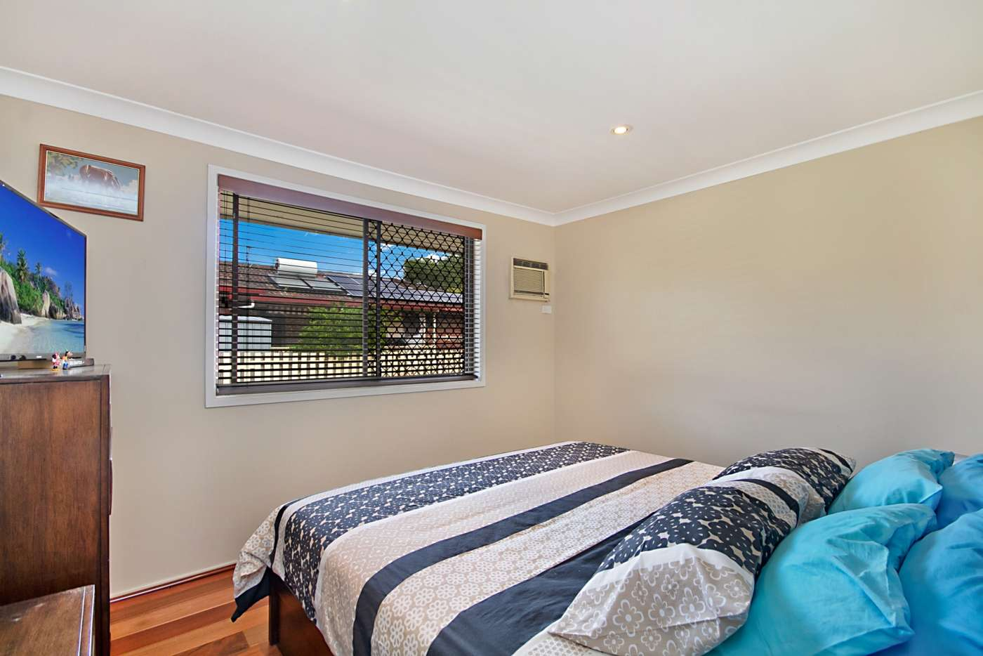 Sixth view of Homely semiDetached listing, 2/8 Gollan Drive, Tweed Heads West NSW 2485