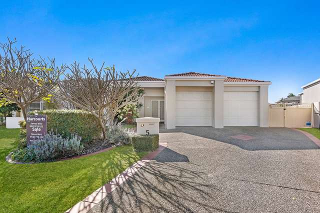 5 Carrington Court, Runaway Bay QLD 4216