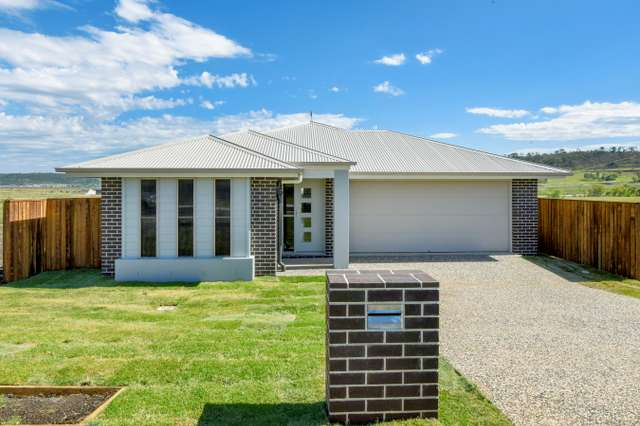 21 Tallowwood Boulevard, Cotswold Hills QLD 4350