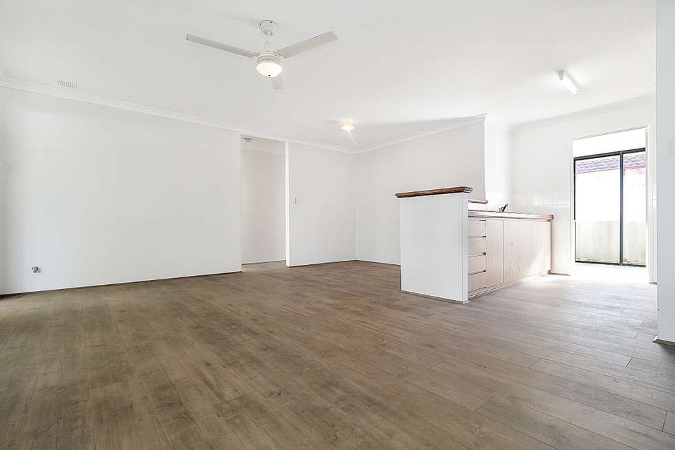 Fifth view of Homely house listing, 8 Woodview Retreat, Caversham WA 6055