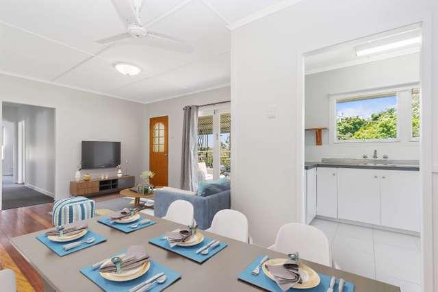 68 Kumbari Crescent, Mitchelton QLD 4053