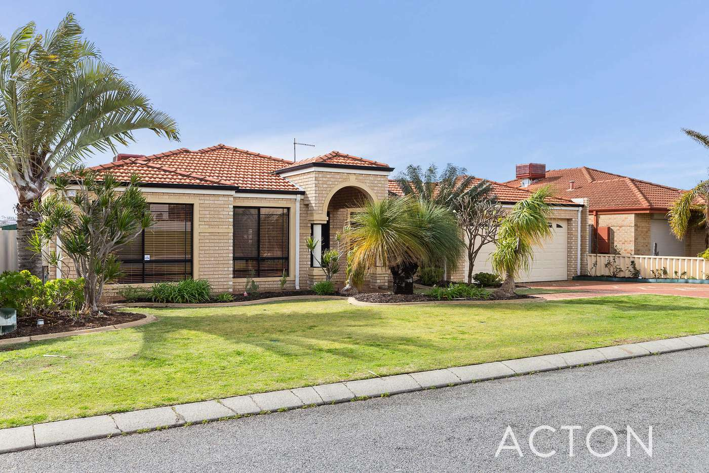 Main view of Homely house listing, 3 Luttrell Gardens, Beeliar WA 6164