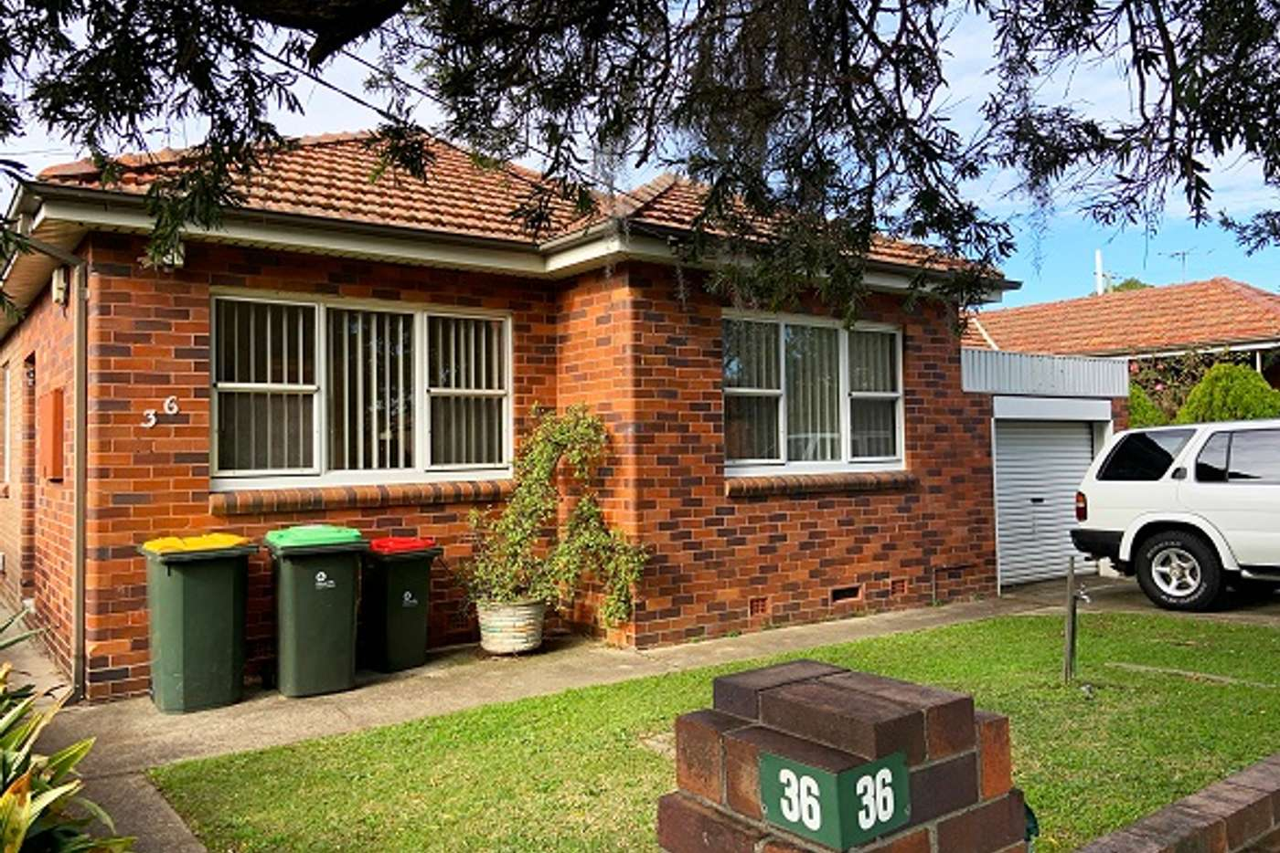 Main view of Homely house listing, 36 Lee Avenue, Beverly Hills NSW 2209