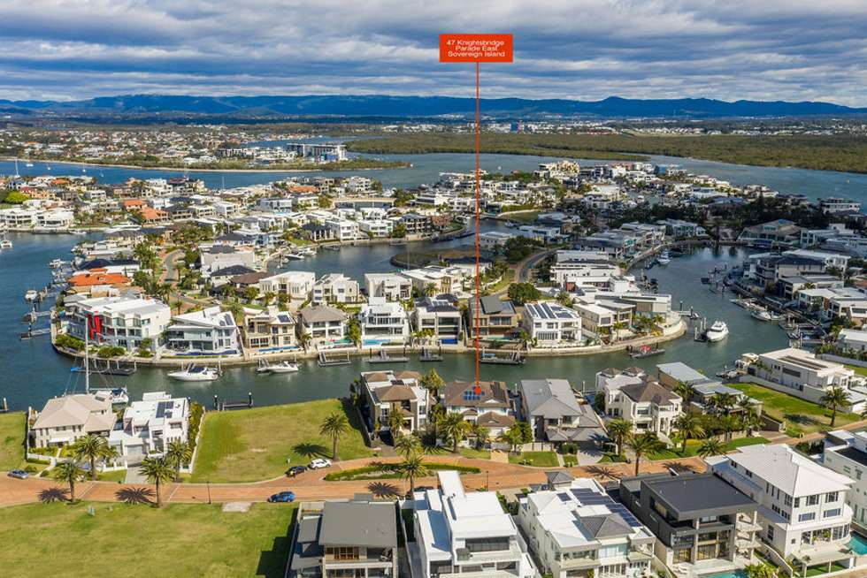 Fifth view of Homely house listing, 47 KNIGHTSBRIDGE PARADE EAST, Sovereign Islands QLD 4216