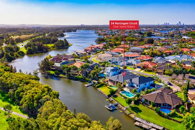 34 Martingale Circuit, Clear Island Waters QLD 4226