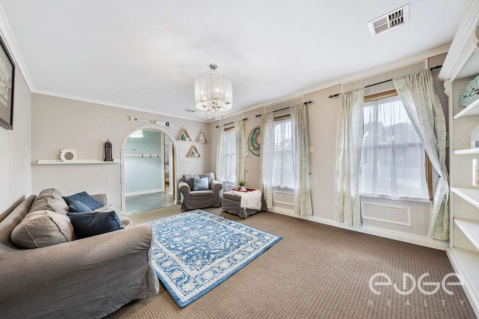 Second view of Homely house listing, 8 Wynn Vale Drive, Gulfview Heights SA 5096