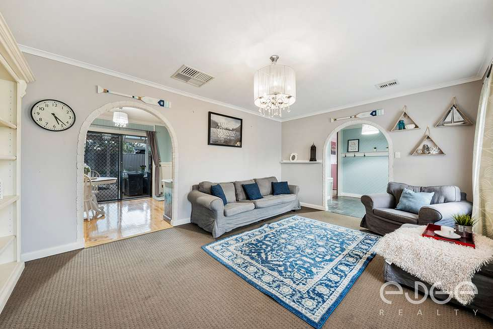 Third view of Homely house listing, 8 Wynn Vale Drive, Gulfview Heights SA 5096