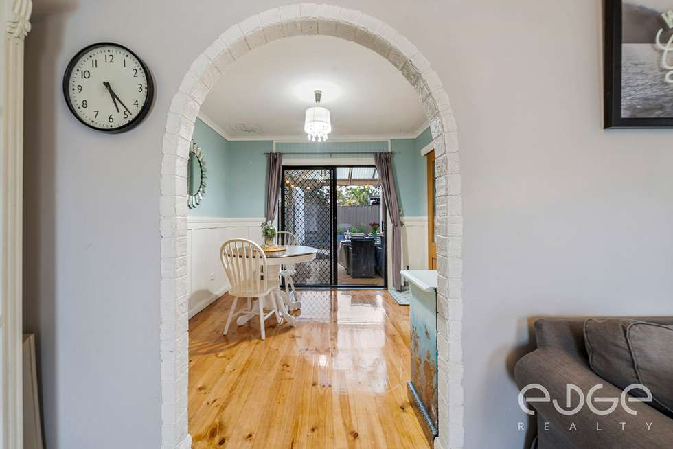 Fourth view of Homely house listing, 8 Wynn Vale Drive, Gulfview Heights SA 5096