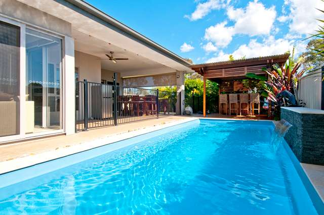 14 Magnetic Place, Redland Bay QLD 4165