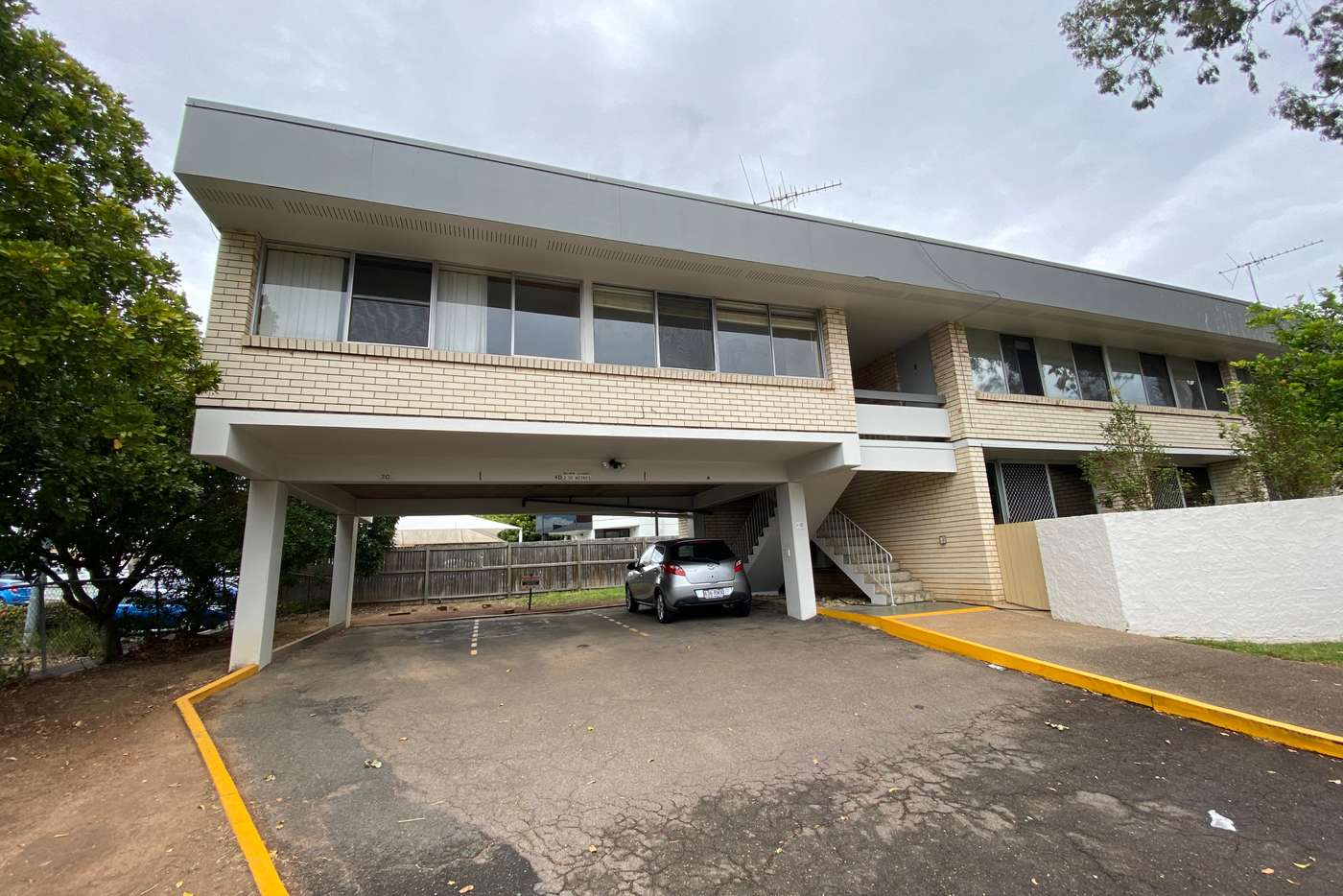 Main view of Homely unit listing, 3/183 Nursery Road, Holland Park QLD 4121