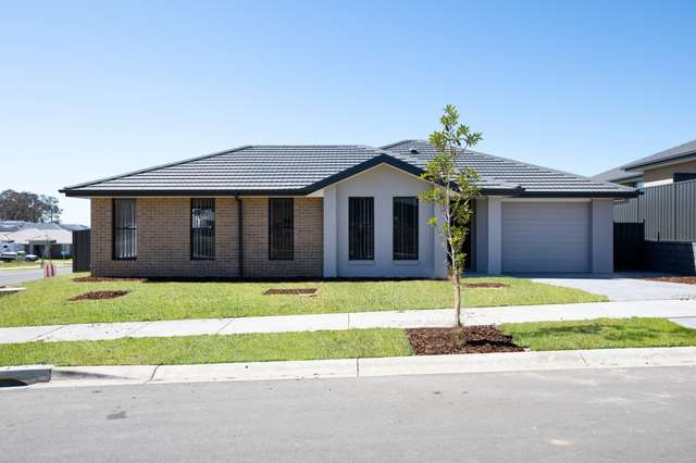 14 Maidford Street, Thornton NSW 2322